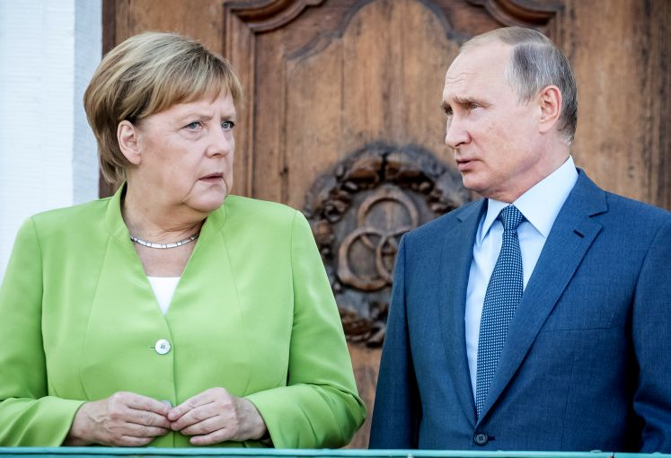 Angela Merkel and Wladimir Putin
